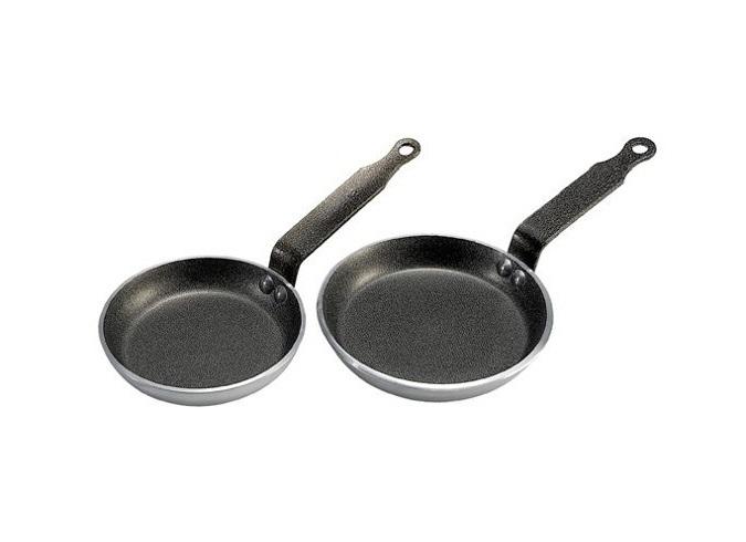 skovoroda-tolshhina-metalla-3-3mm-d-12-h-2sm