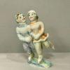 statuetka-para-na-ldu-avtorskaya-rabota-hudozhestvennaya-keramika
