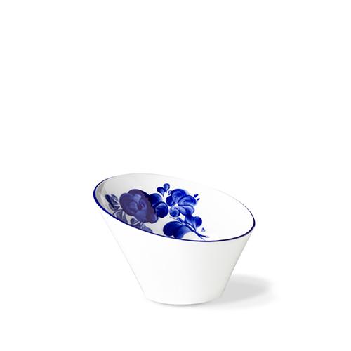 salatnik-skoshennyj-flora-14-sm-sinie-tsvety-indigo