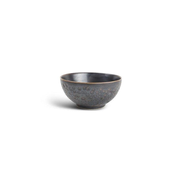 салатник круглой формы серого серебристого цвета с эффектом кованной латуни