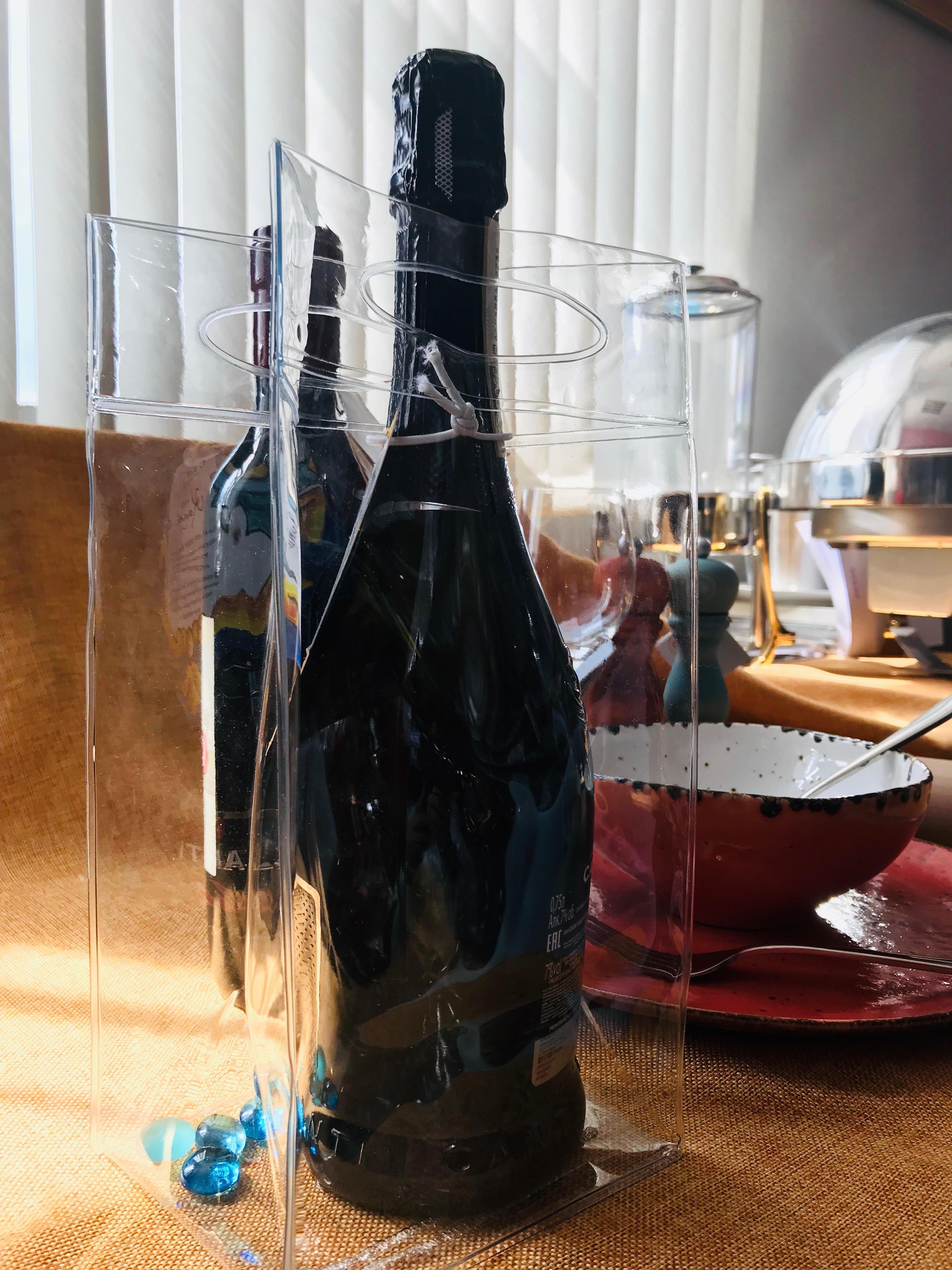 охладитель для вина, шампанского, сока со льдом, прозрачного цвета пакет полиэтиленовый, цветная посуда, мармит круглый, мельница для перца в форме бутылки для вина