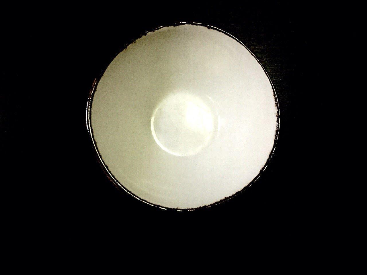 салатник белый с коричневой отводкой